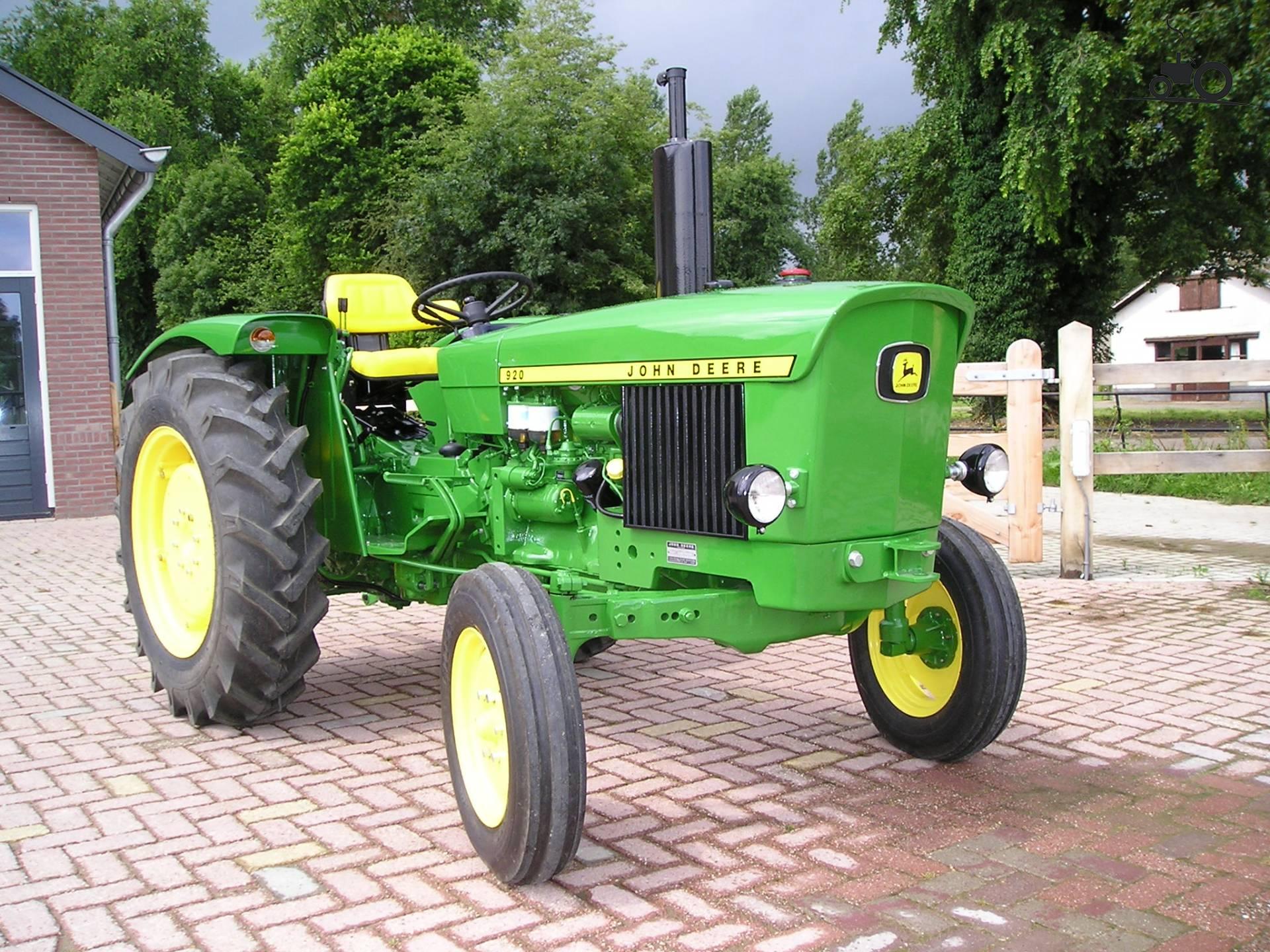 John Deere 920 Farm Tractor | John Deere Farm Tractors: John