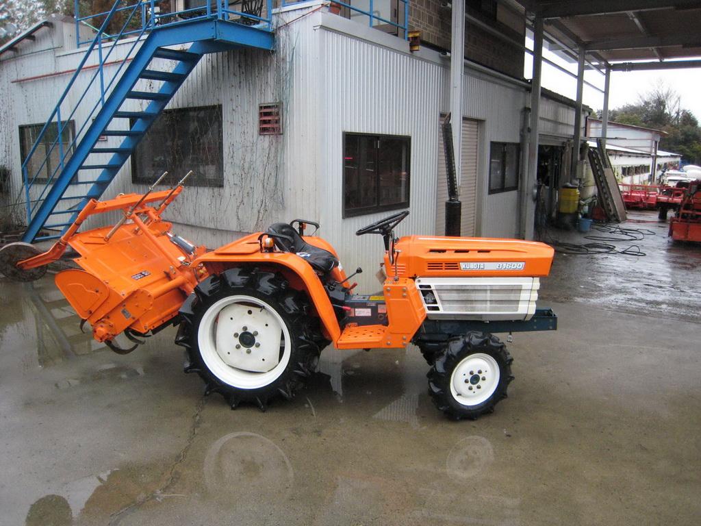 Kubota b1610 farm tractor kubota farm tractors kubota farm kubota b1600 4 4 16hp kubota b1600 4 4 3 cylinder engine 16 horse fandeluxe Image collections