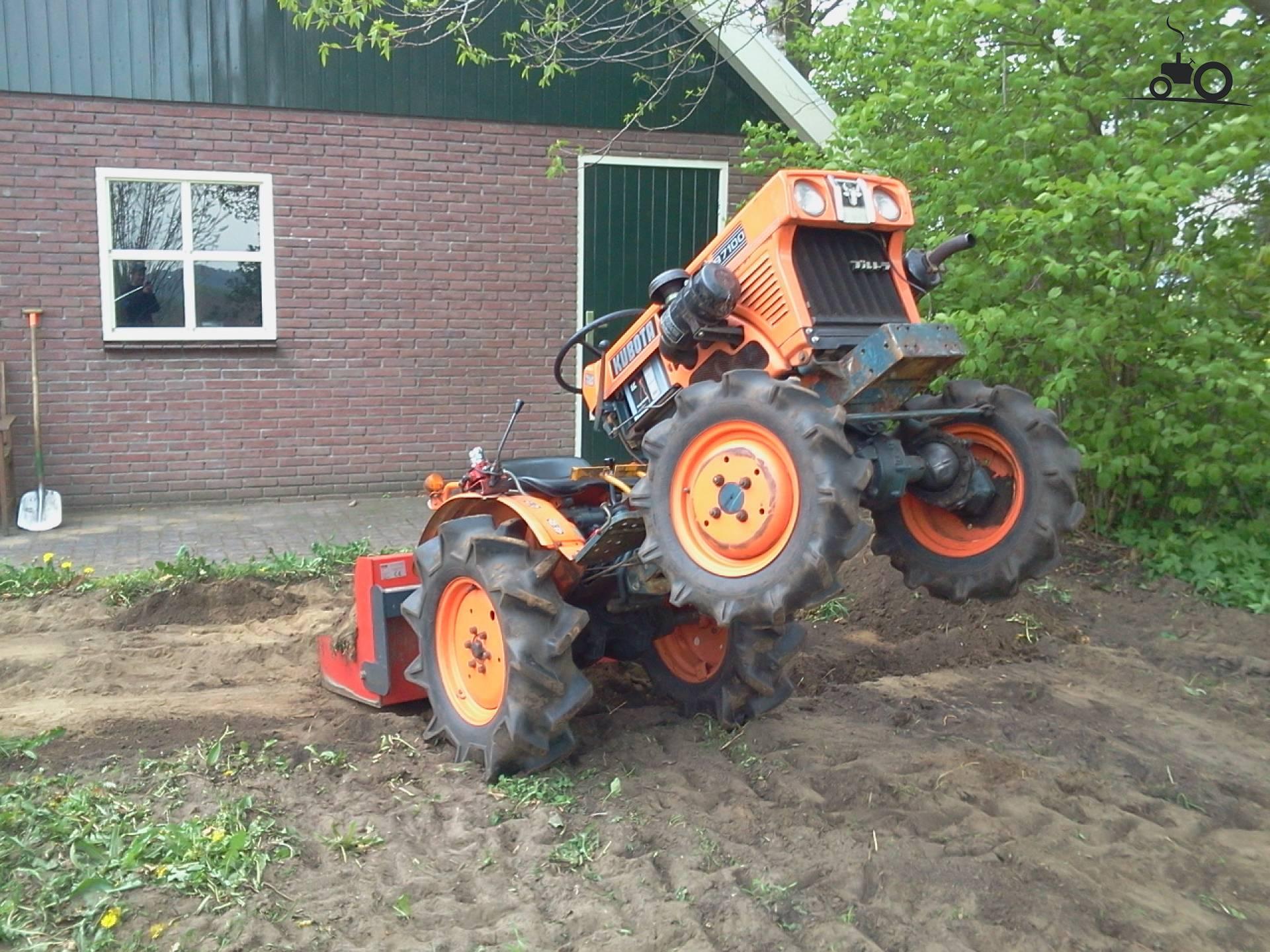 Kubota B7001 Farm Tractor | Kubota Farm Tractors: Kubota Farm