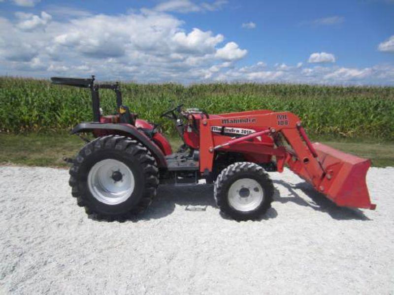 Mahindra 2810 Farm Tractor | Mahindra Farm Tractors