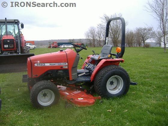 Massey Ferguson 1423 Farm Tractor | Massey Ferguson Farm
