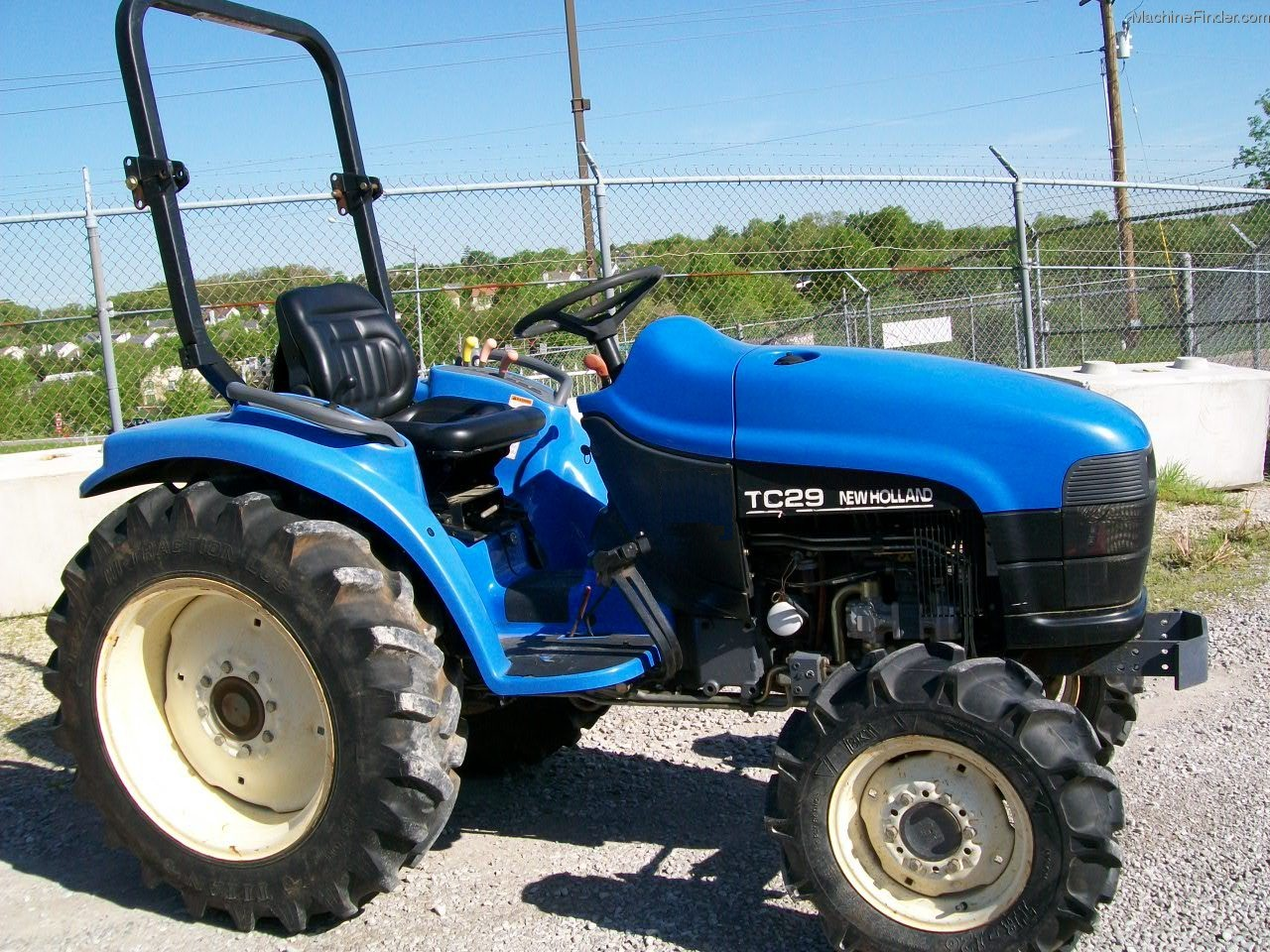 New Holland Tc29 Farm Tractor   New Holland Farm Tractors: New ... on