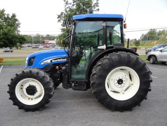 New Holland Tn85da Farm Tractor   New Holland Farm Tractors: New