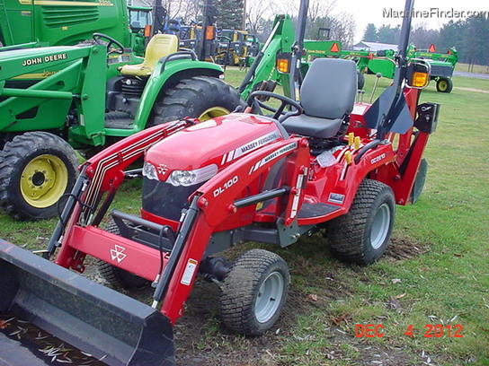 Massey Ferguson Gc2610 Backhoe Loader Tractor | Massey