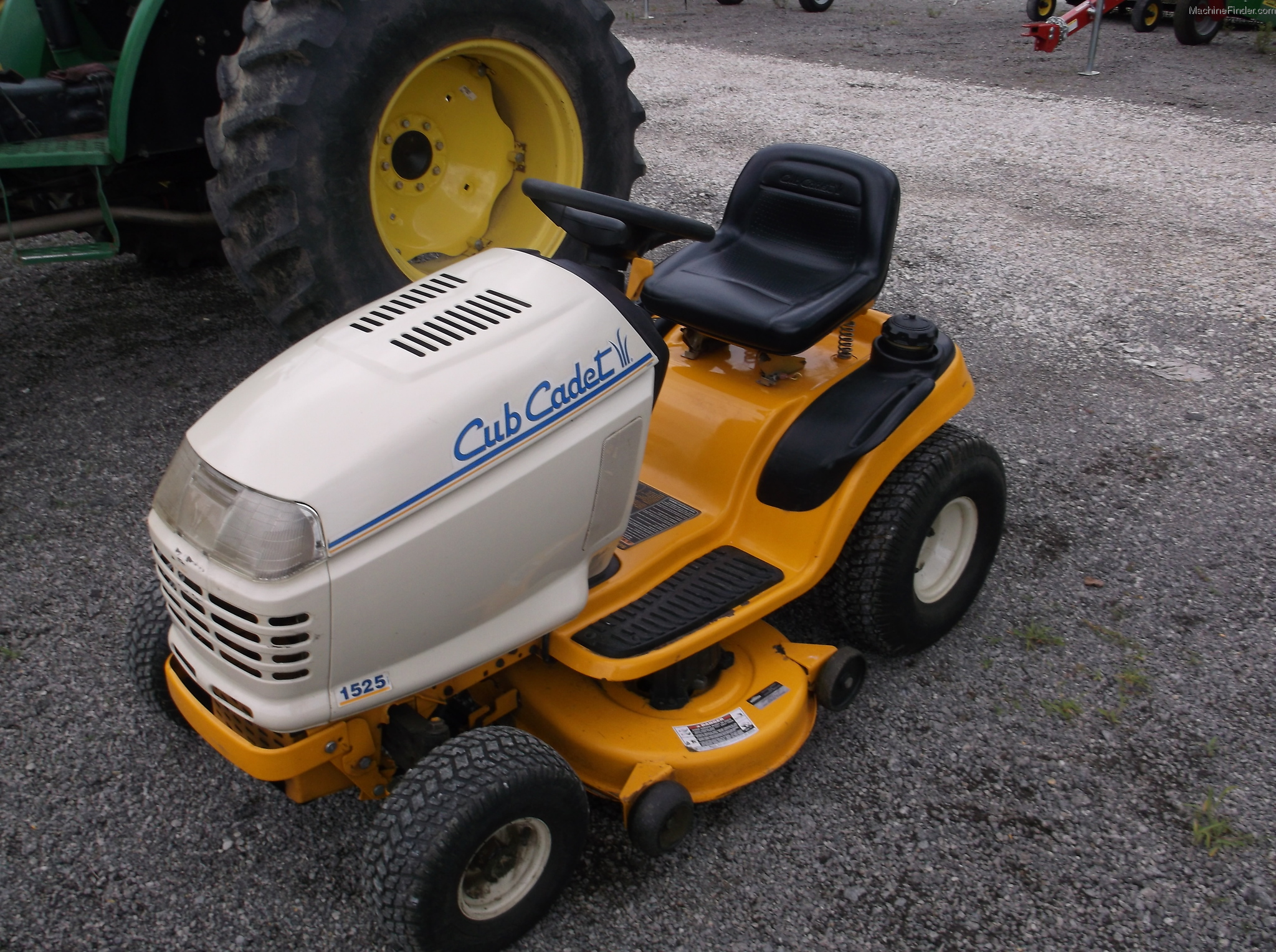 Cub Cadet 1525 Industrial Tractor Tractors 1440 Wiring Diagram 2003 Lawn Garden And Commercial Mowing John Deere