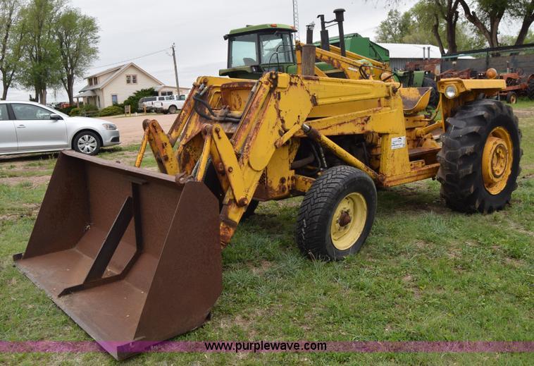 Massey Ferguson 2200 Industrial Tractor | Massey Ferguson Industrial ...