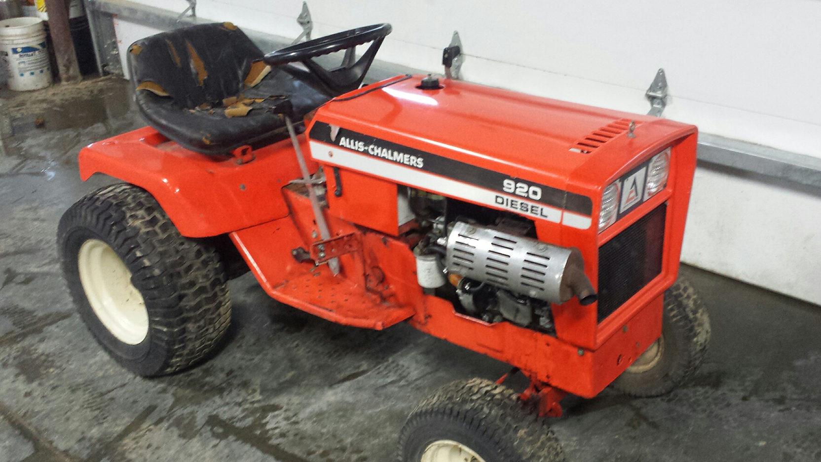 Allis Chalmers 920 Lawn Tractor   Allis Chalmers Lawn