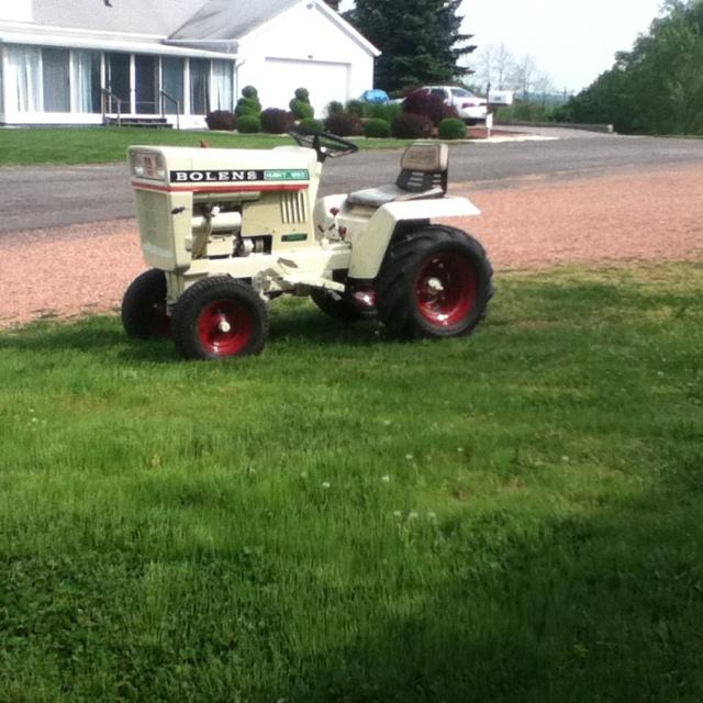 Bolens 1253 Lawn Tractor | Bolens Lawn Tractors: Bolens Lawn ... on