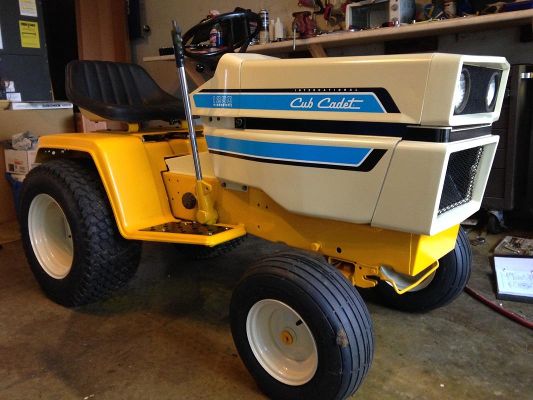 Cub Cadet 1250 Lawn Tractor | Cub Cadet Lawn Tractors: Cub