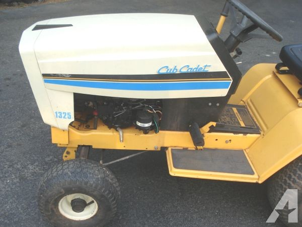 Cub Cadet 1325 Lawn Tractor | Cub Cadet Lawn Tractors: Cub