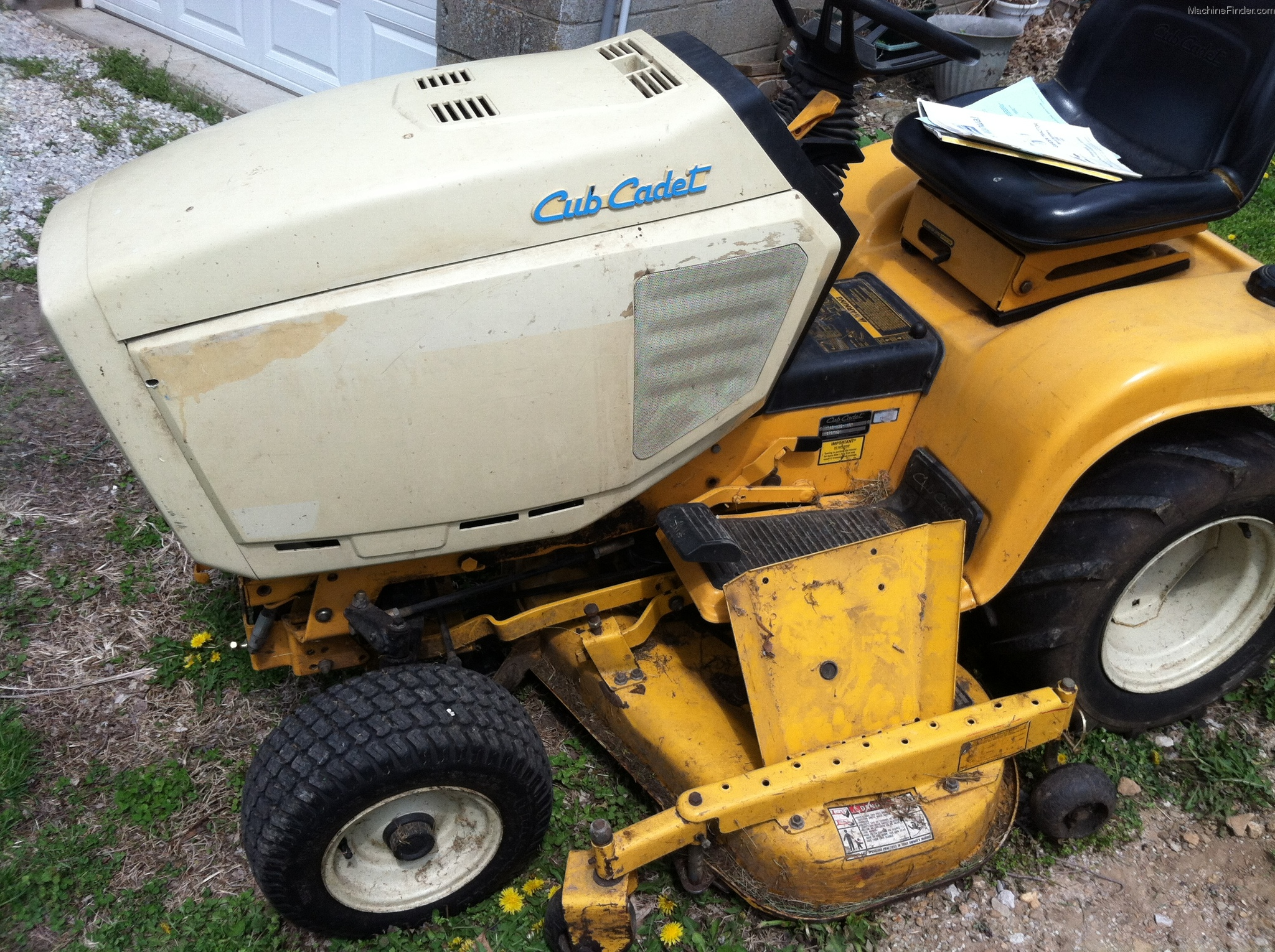Cub Cadet 1600 Lawn Tractor Tractors Lt1018 Wiring Diagram 1995 1641 Garden And Commercial Mowing John Deere
