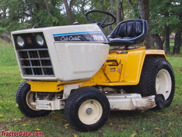 Cub Cadet 1710 Lawn Tractor   Cub Cadet Lawn Tractors: Cub