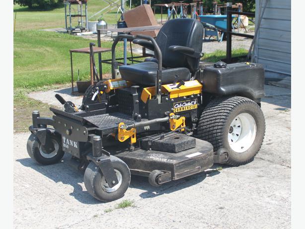 Cub Cadet Tank M60 Lawn Tractor | Cub Cadet Lawn Tractors