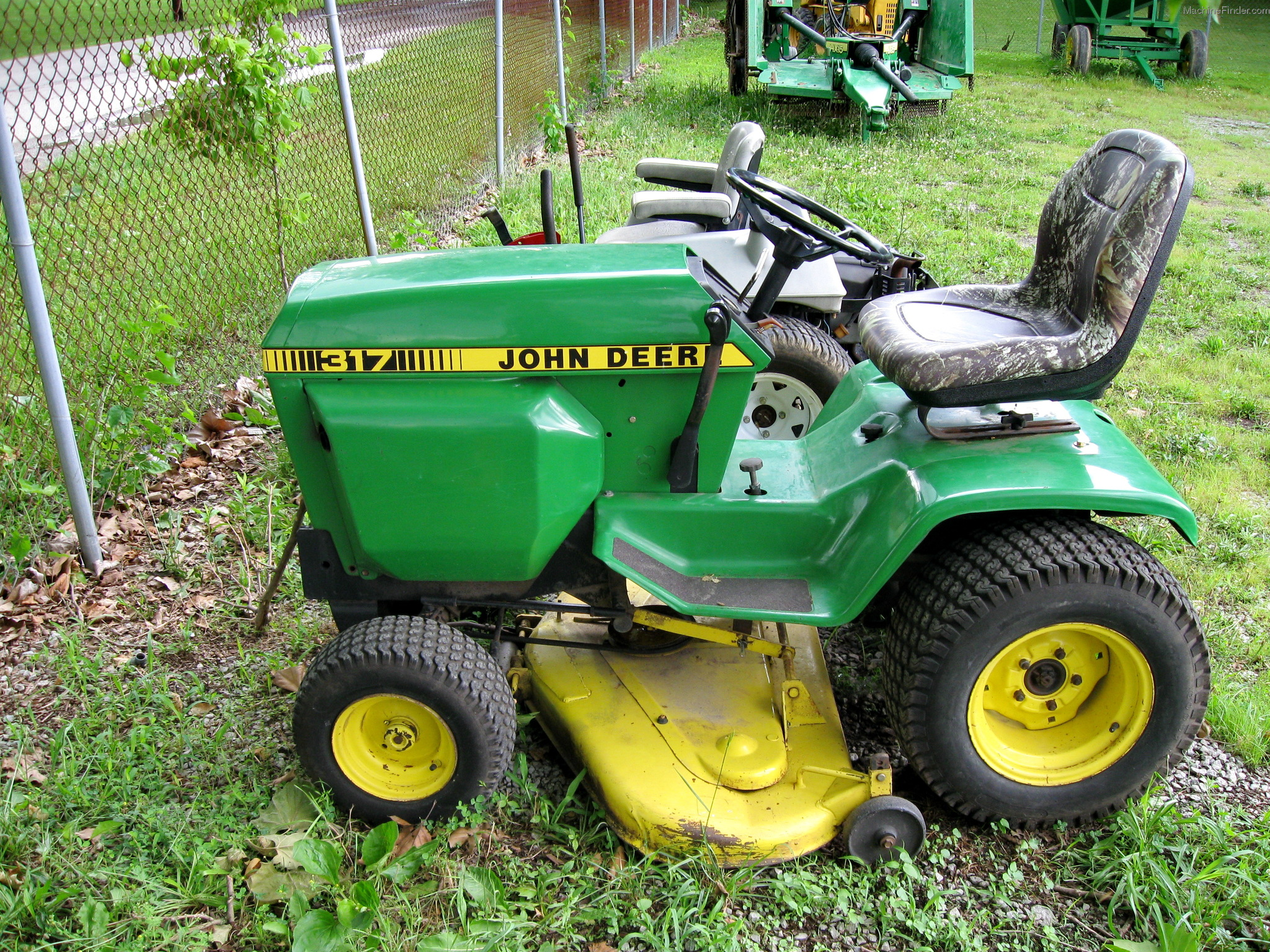 John Deere 317 Lawn Tractor Tractors These Are The Next Stepshoped This Helpedpositive Feedback And Garden Commercial Mowing