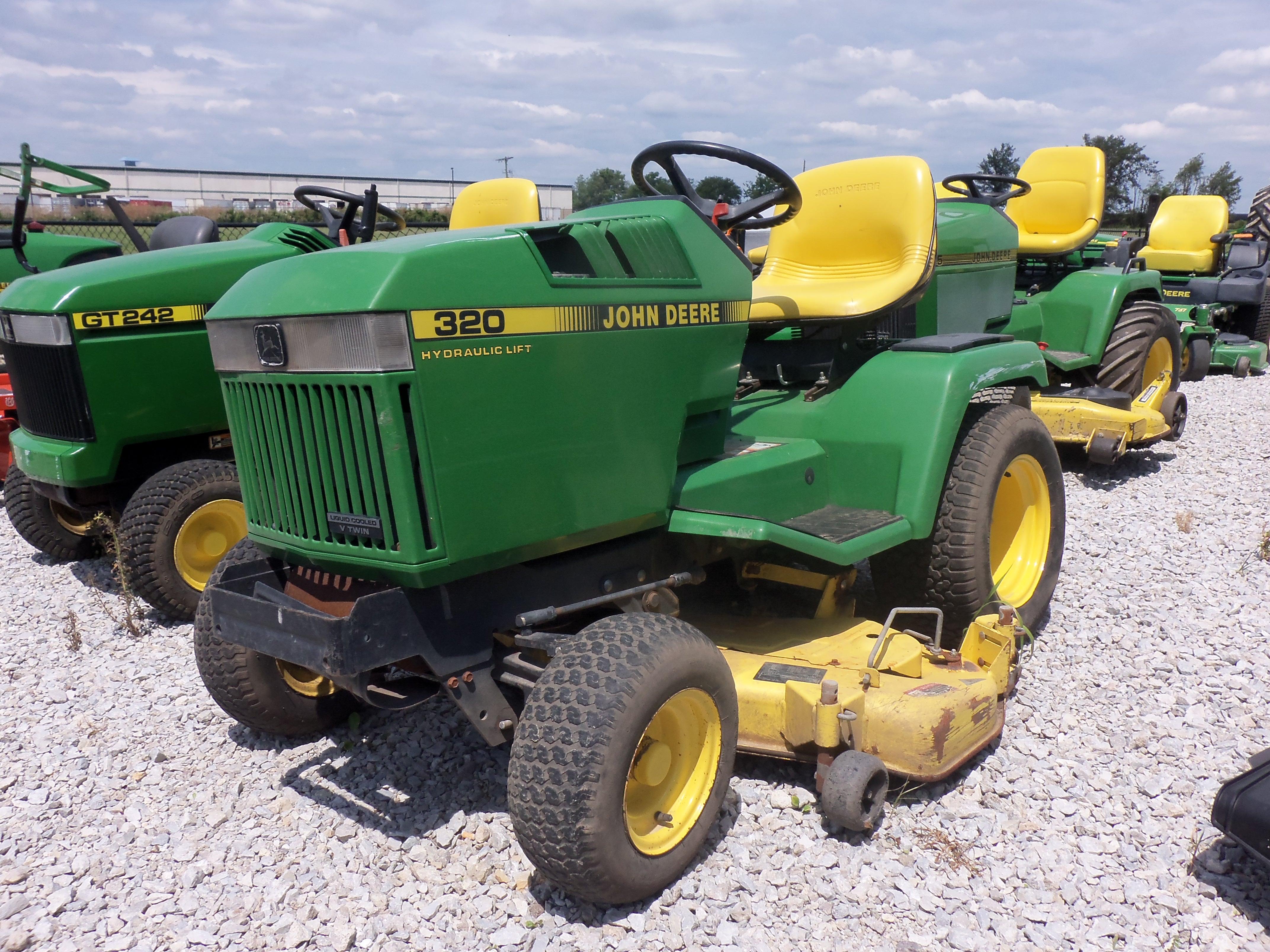 La 100 John Deere Lawn Mower Wiring Diagram Reinvent Your Pioneer Deh 425 320 Tractor Tractors Rh Tractorhd Mobi 1973 112 Headlight