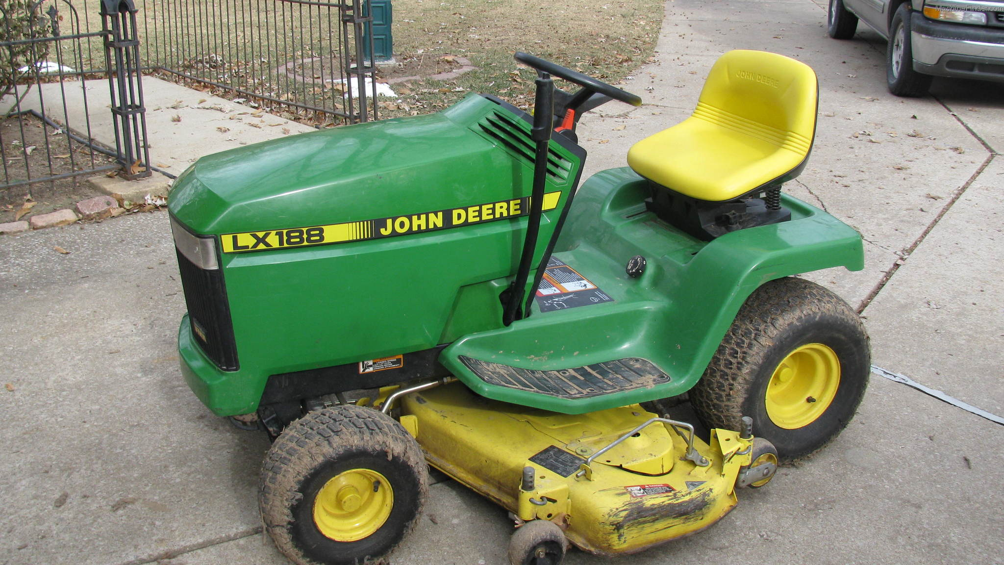 John Deere Lx280 Lawn Tractor Tractors Model Riding Lawnmowermodelr72i Need The Assembly Diagram 1994 Lx188 Garden And Commercial Mowing