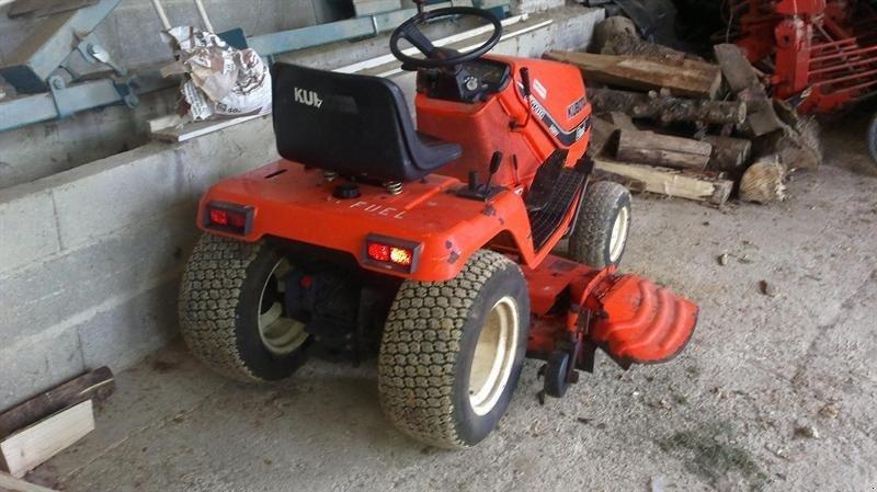 Kubota G1700 Lawn Tractor | Kubota Lawn Tractors: Kubota Lawn ... on kubota b8200 wiring diagram, kubota b7500 wiring diagram, kubota b3030 wiring diagram, kubota b2400 wiring diagram, kubota b7800 wiring diagram,