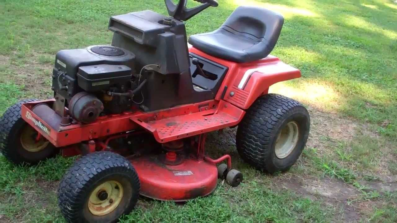 Simplicity 4208 Lawn Tractor   Simplicity Lawn Tractors: Simplicity