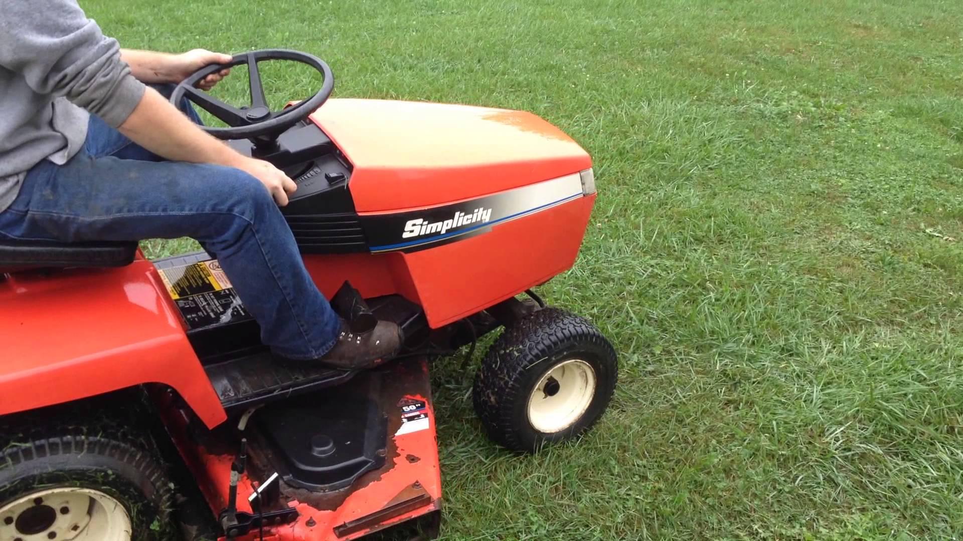Simplicity Lancer 17 Lawn Tractor | Simplicity Lawn Tractors