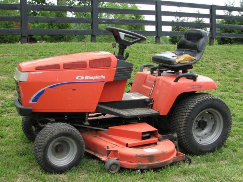 Simplicity Landlord 20 Dlx Lawn Tractor Tractors Ignition Wiring Diagram Catalog Atv Ezgo Workhorse Jd Truck Farm Items