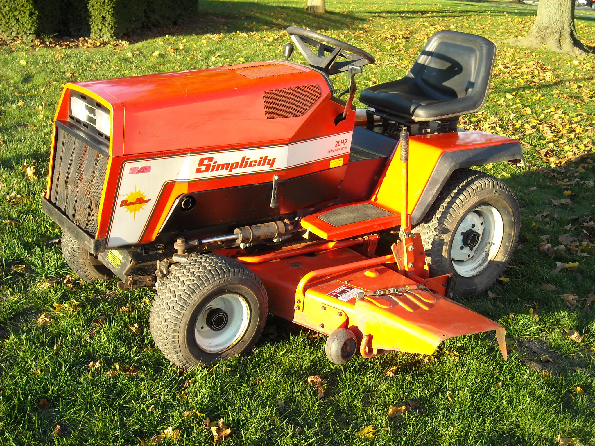 Simplicity sunstar 16 lawn tractor simplicity lawn tractors pics not linked are available upon request simplicity 16 simplicity sunstar 20hp hydro lawn mower fandeluxe Image collections