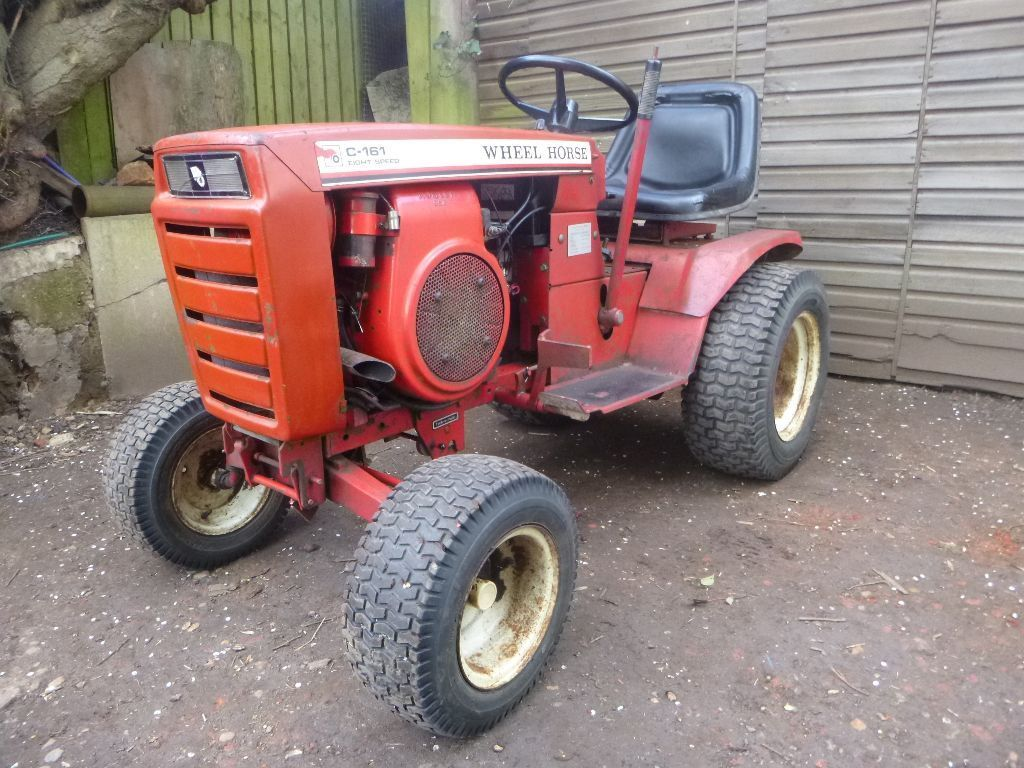 Wheel Horse Lawn Tractors   Lawn Tractors: Lawn Tractors